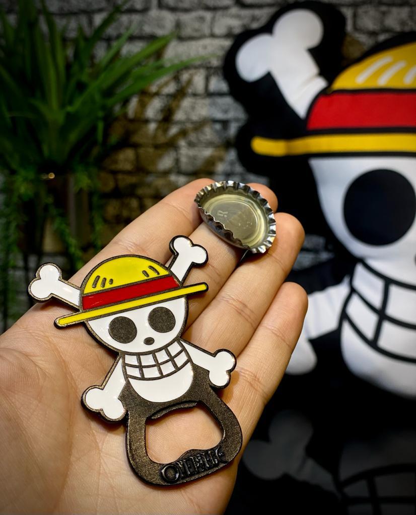 Abridor de Garrafa Jolly Roger Mugiwara: Bandeira Pirata Chapéu de Palha One Piece - Anime Mangá