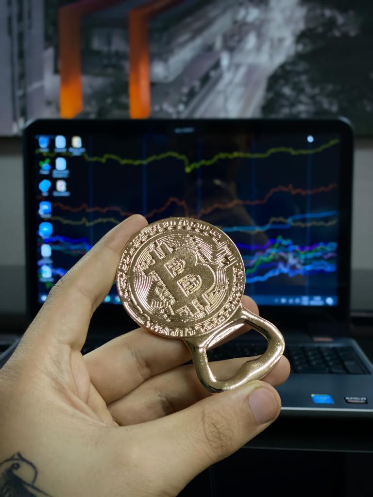 Abridor de Garrafa Magnético Criptomoeda Trader Bitcoin