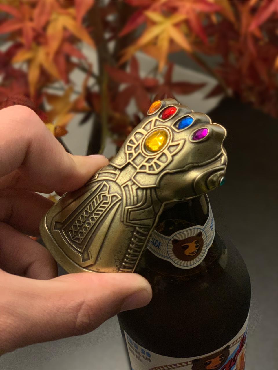 Abridor de Garrafa Manopla do Infinito (Infinity Gauntlet): Vingadores (Avengers)
