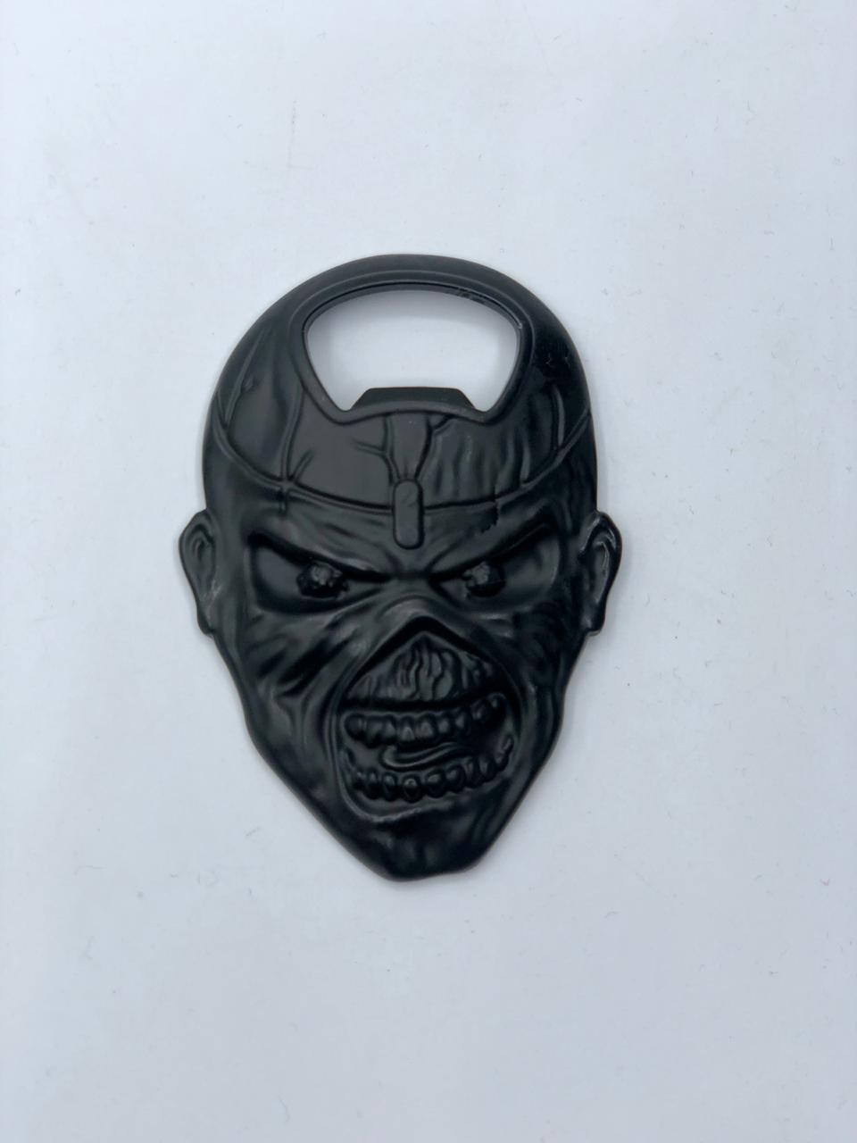 Abridor de Garrafas Com Imã Eddie: Iron Maiden (Preto)