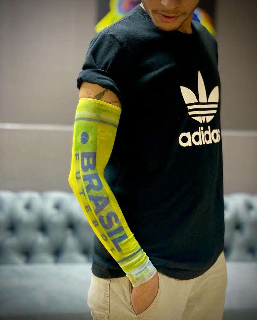 Acessório Copa do Mundo: Segunda Pele Tatuada Brasil (Brasil Futebol)