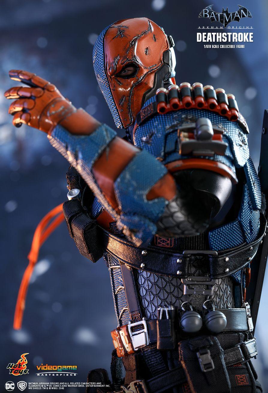 Action Figure Deathstroke: Batman Arkham Origins (Videogame Masterpiece) Escala 1/6 (VGM30) Boneco Colecionável - Hot Toys