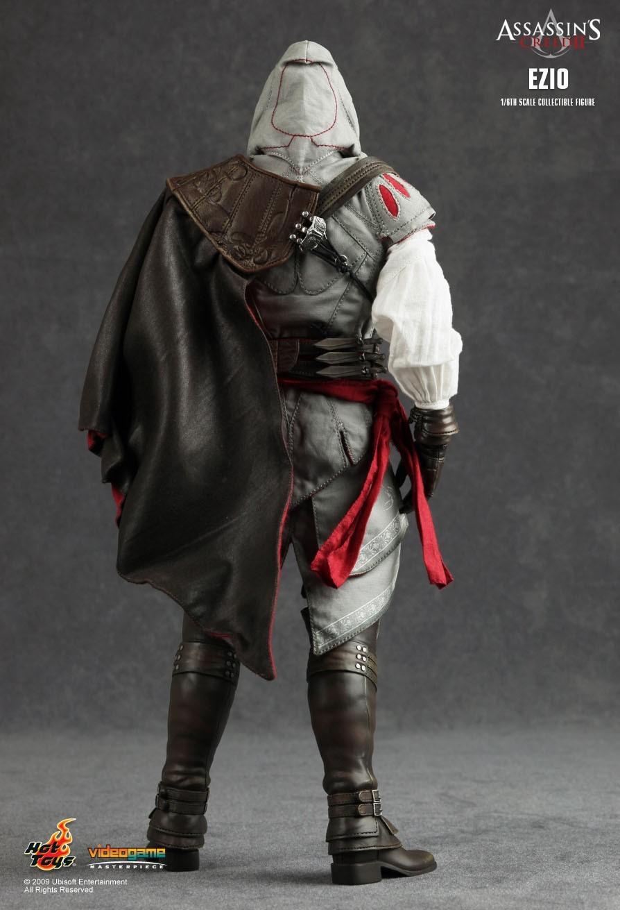 Action Figure Ezio Auditore: Assassin´s Creed II (Escala 1/6) - Hot Toys