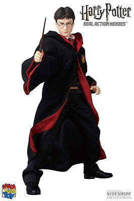 Action Figure Harry Potter No.512 - RAH (Real Action Heroes) Escala 1/6 - Medicom Toy