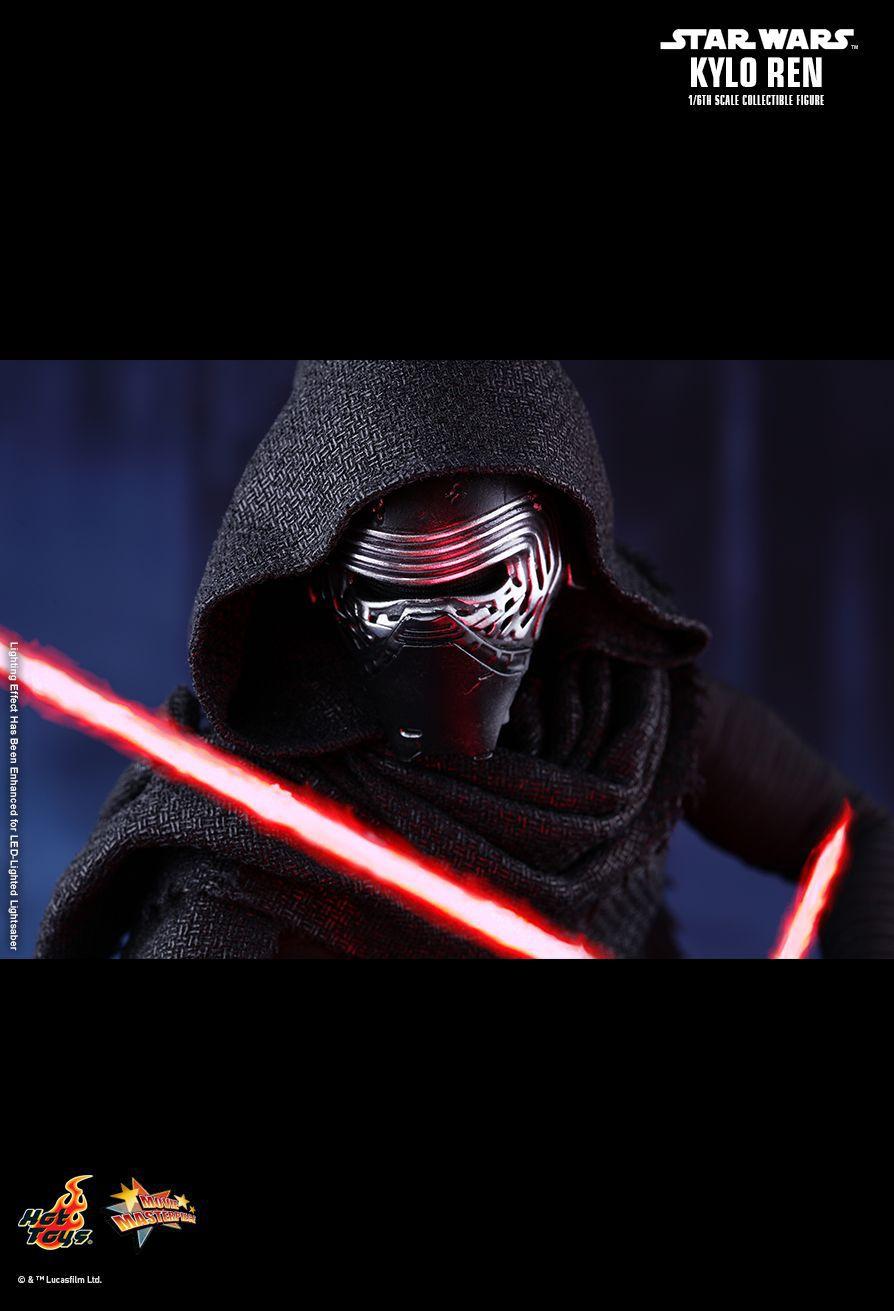 Action Figure Kylo Ren: Star Wars O Despertar da Força (The Force Awakens) Escala 1/6 (MMS320) Boneco Colecionável - Hot Toys
