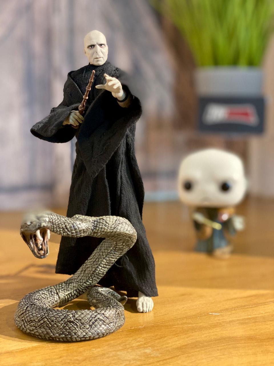 Action Figure Lord Voldemort: Harry Potter e as Relíquias da Morte (Deathly Hallows) (Boneco Colecionável) - McFarlane