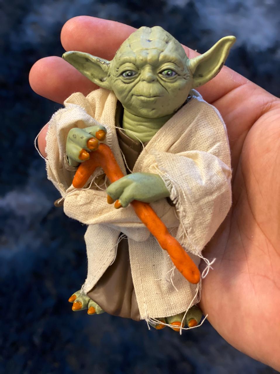 Action Figure Mestre Yoda: Star Wars Escala 1/6 - EVALI