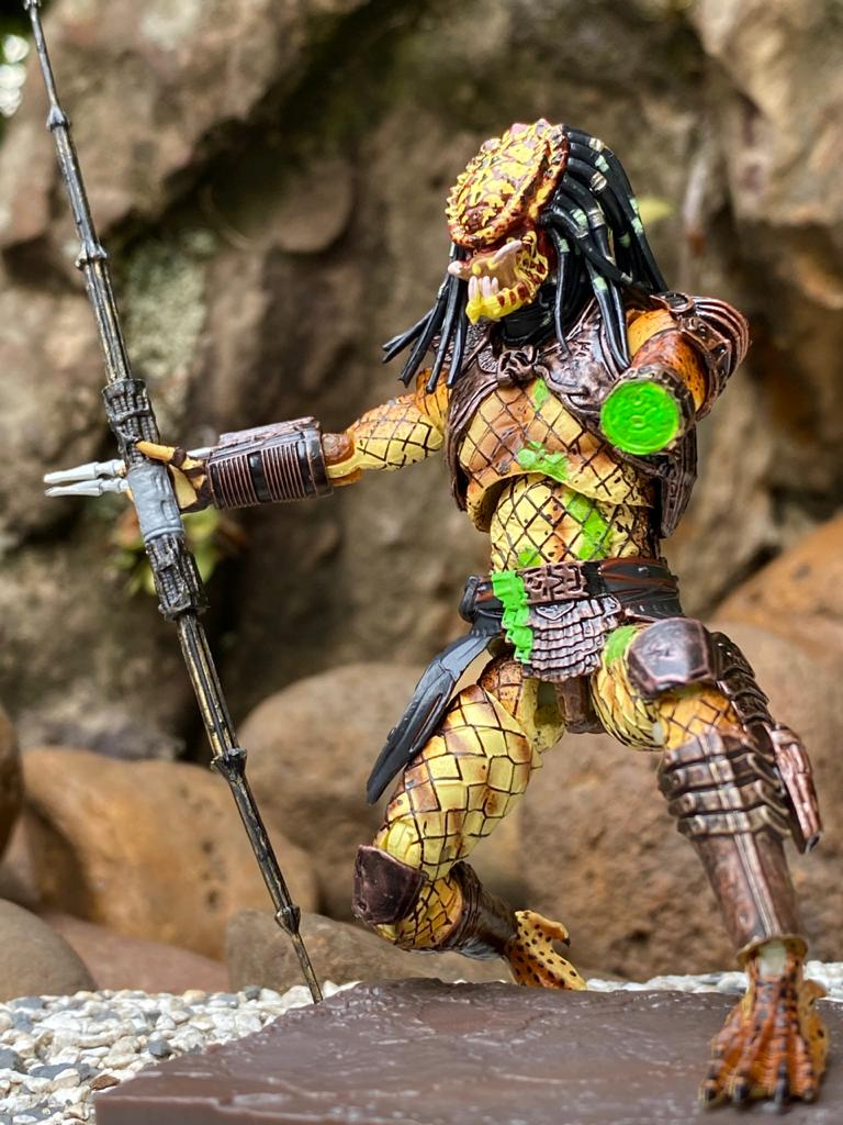 Action Figure Predador (Predator): Predator 2 (Predator 2) - City Hunter (Battle Damaged) Escala 1/18 Exclusive - Neca