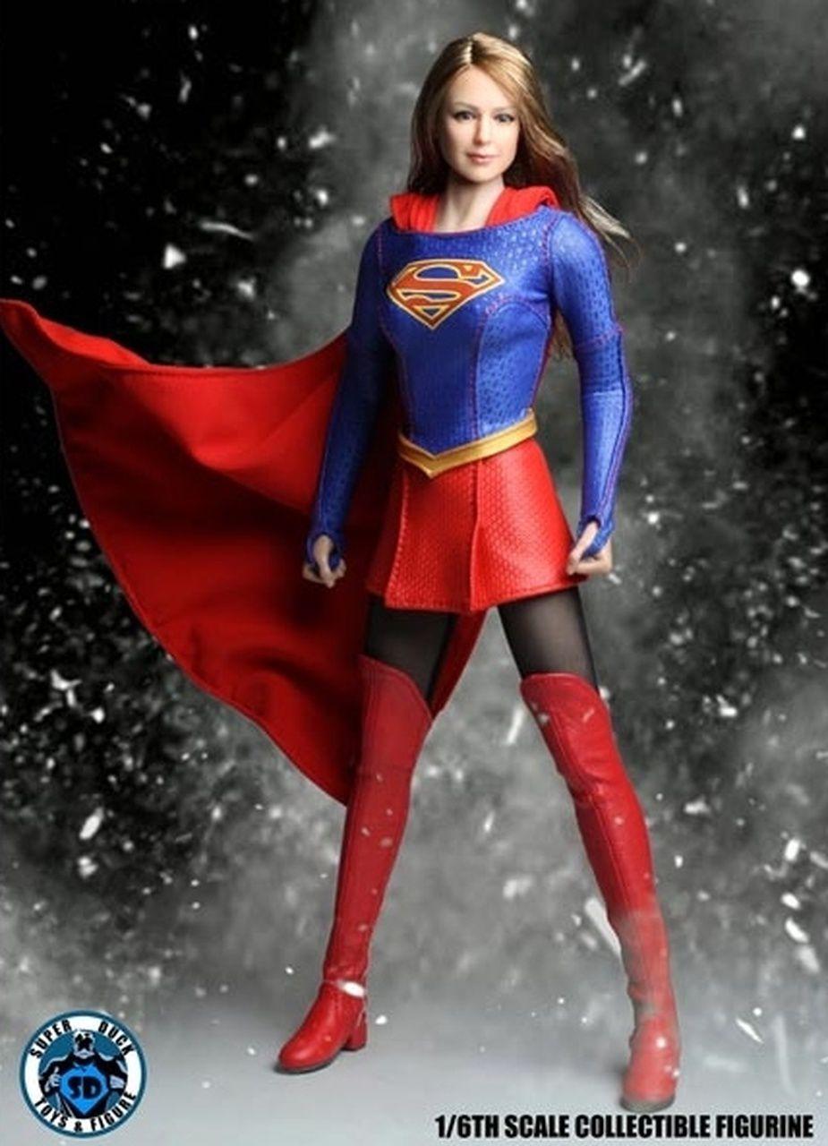 Action Figure Supergirl (Cosplay Series) Escala 1/6 - Super Duck (Apenas Venda Online)