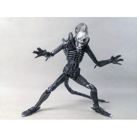 Alien Big Chap - S.H. Monsterarts - Bandai