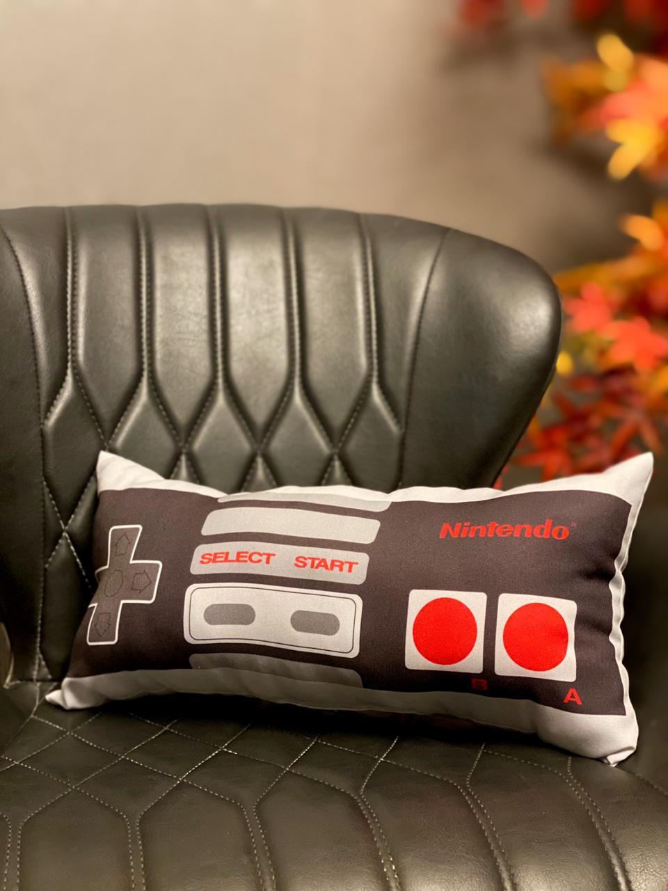 Almofada Controle: Nintendo (NES) Pequena