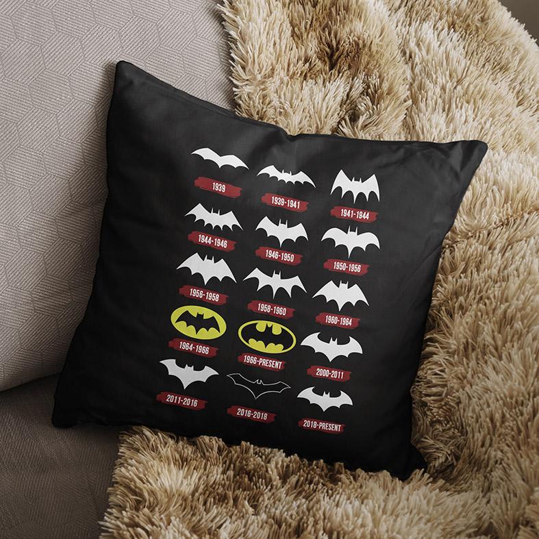 Almofada Evolução Logo Batman DC Comics (Preta) - EV