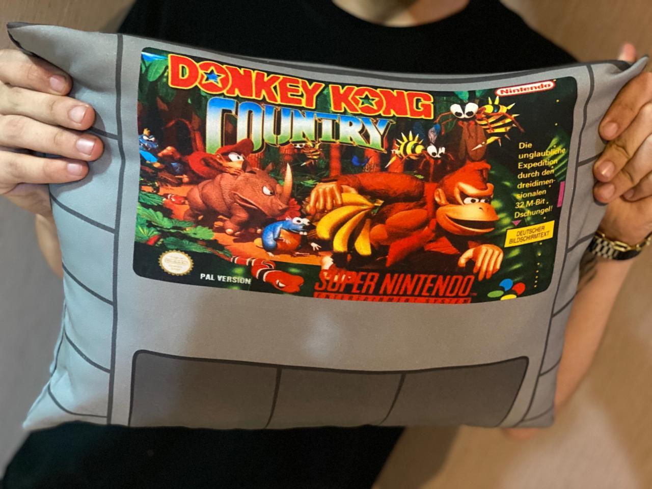 Almofada Games Donkey Kong Country Cartucho SNES - SD