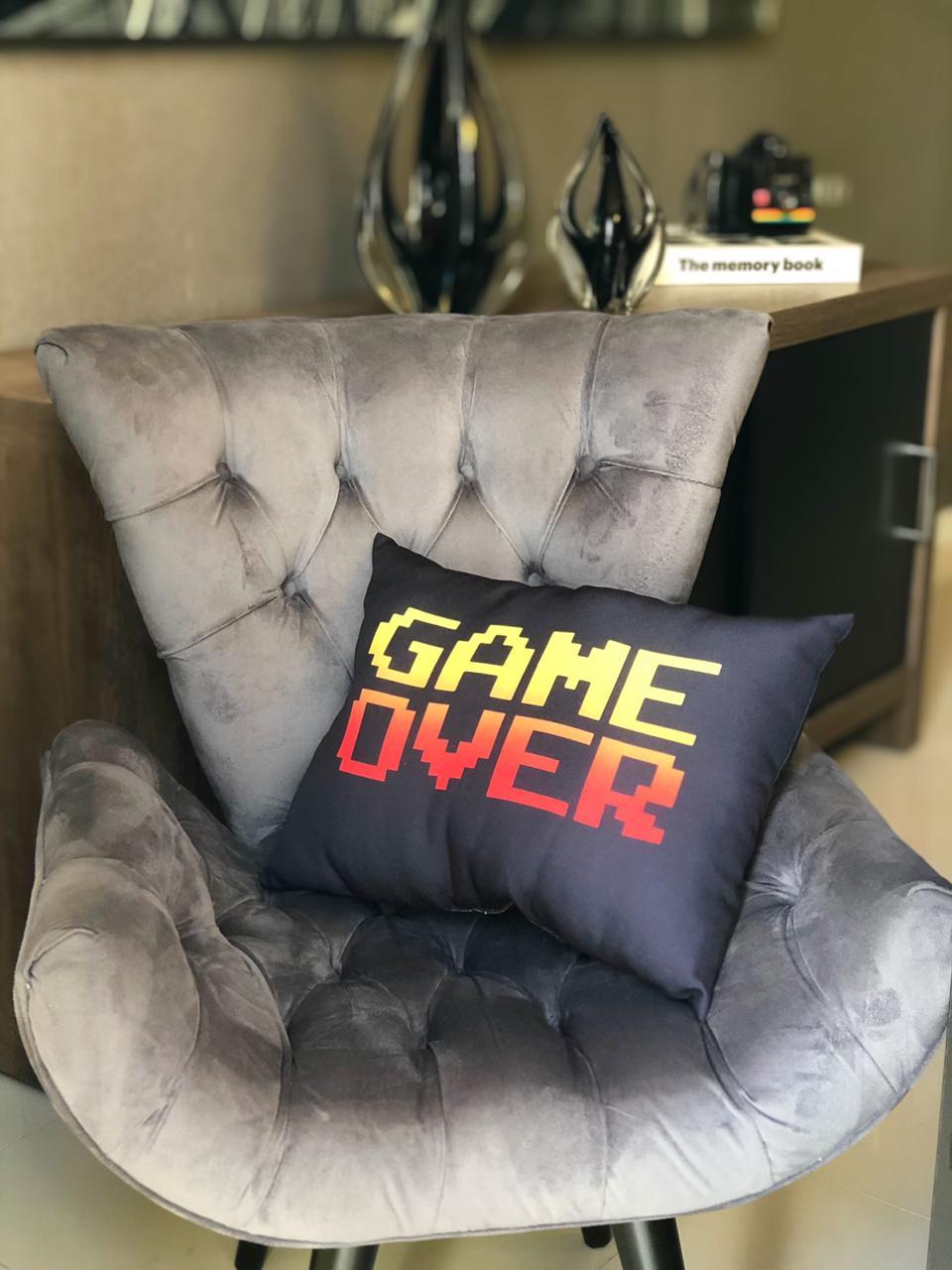 Almofada Games Game Over (Preto) - SD