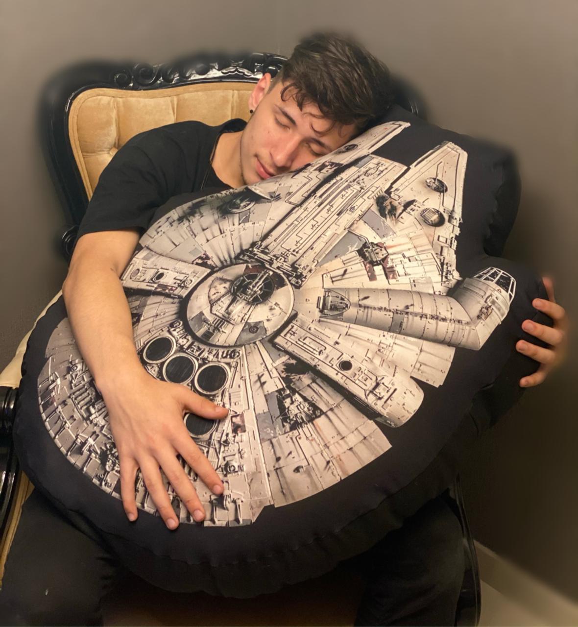 Almofada Geek Millennium Falcon : Star Wars (70cm) (Grande) - EV