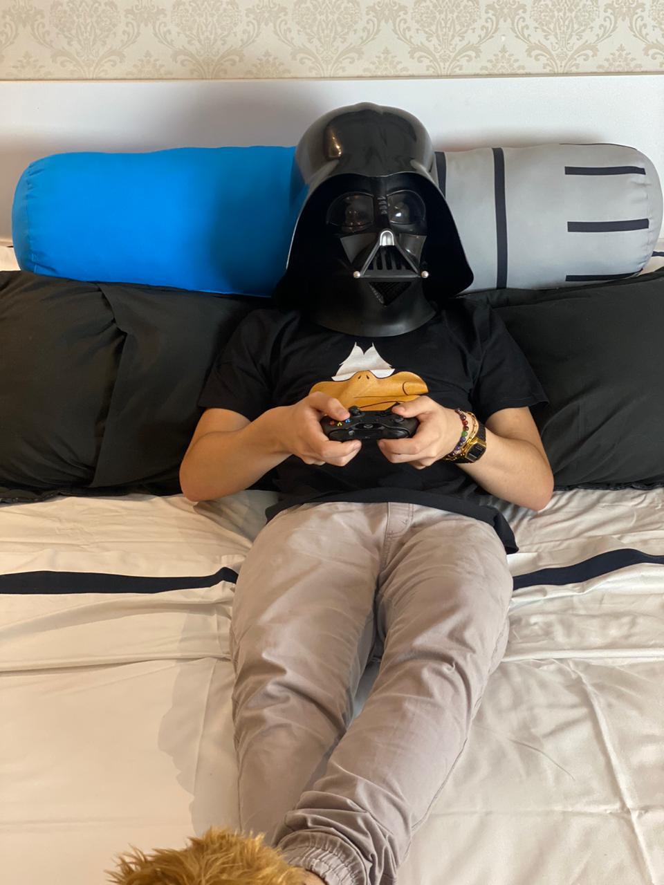 Almofada Geek: Sabre de Luz - Azul ( Star Wars )