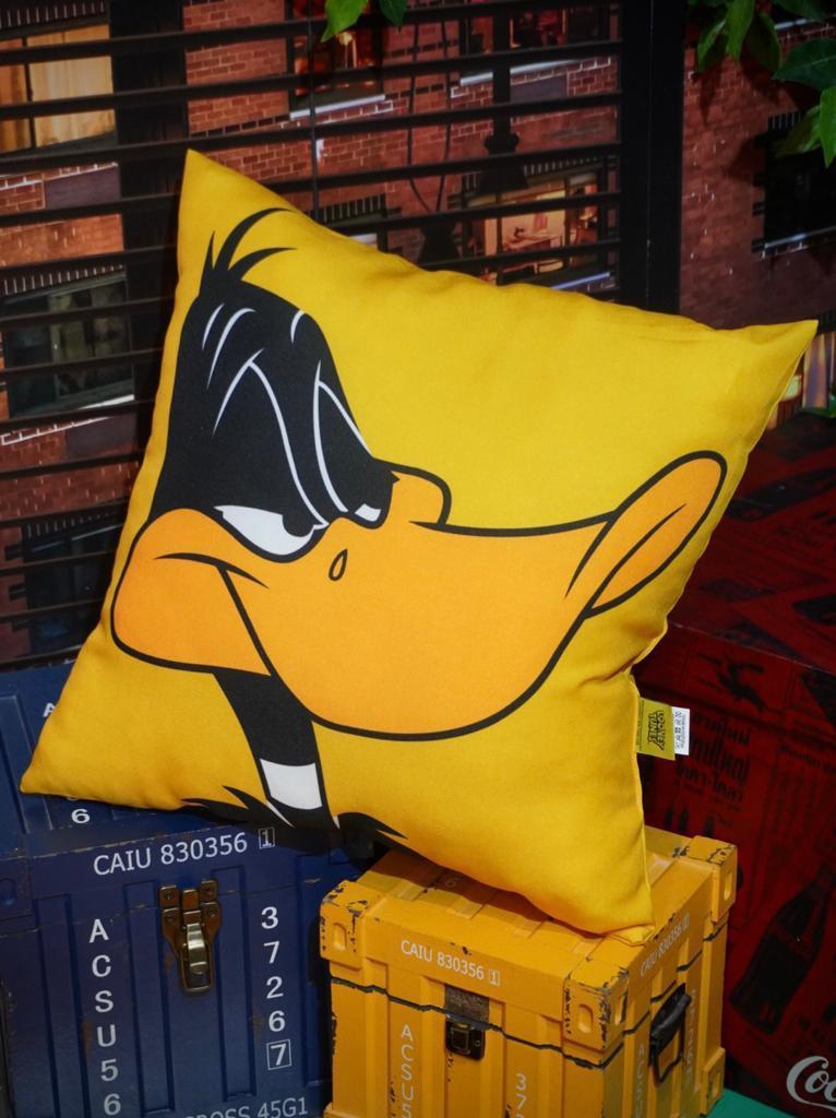 Almofada Patolino Daffy Duck - Looney Tunes