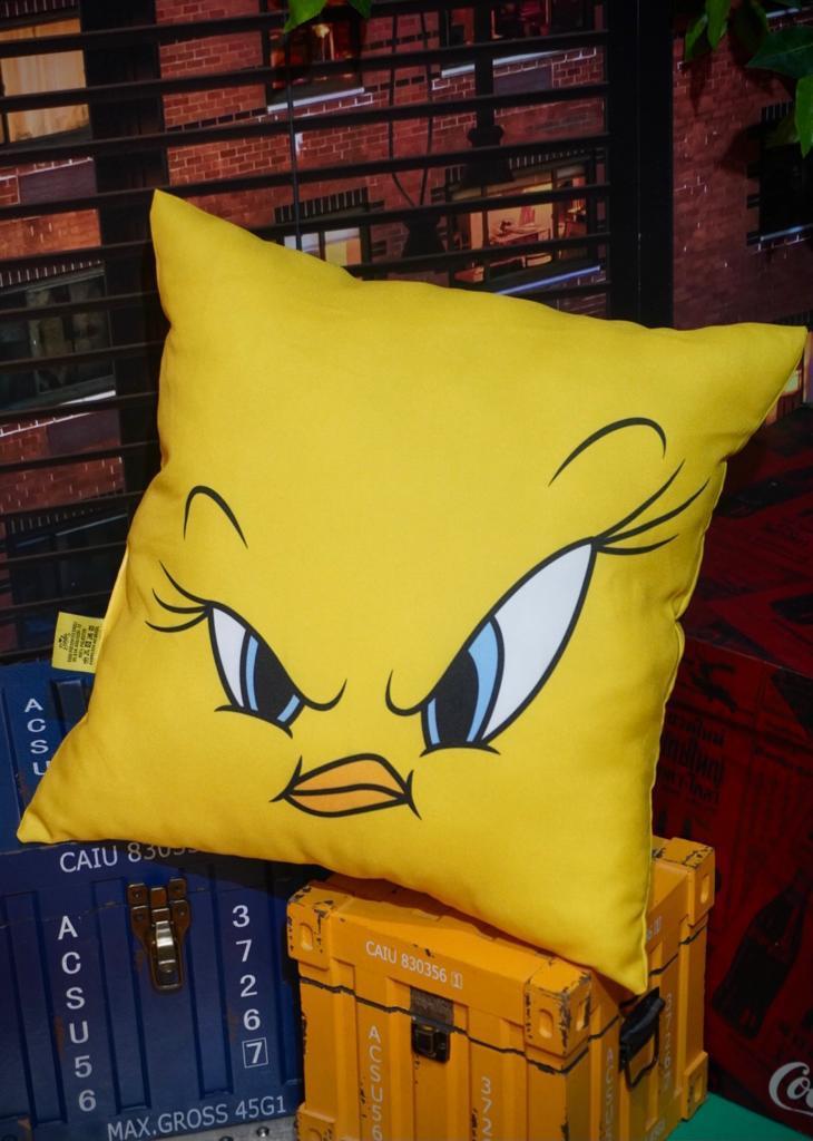 Almofada Piu-Piu Tweety Bird Nervoso: Piu-Piu e Frajola - Looney Tunes