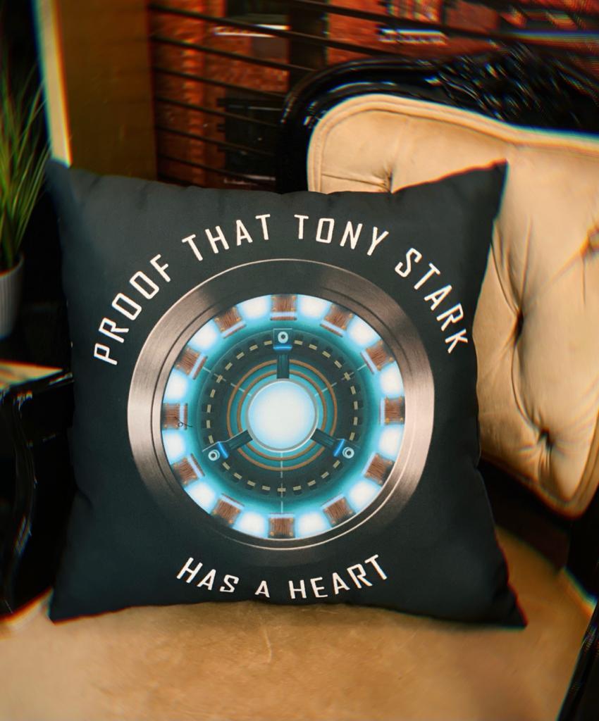 Almofada Proof That Tony Stark Has A Heart Prova De Que Tony Tem Um Coração Iron Man Homem De Ferro (Preta)