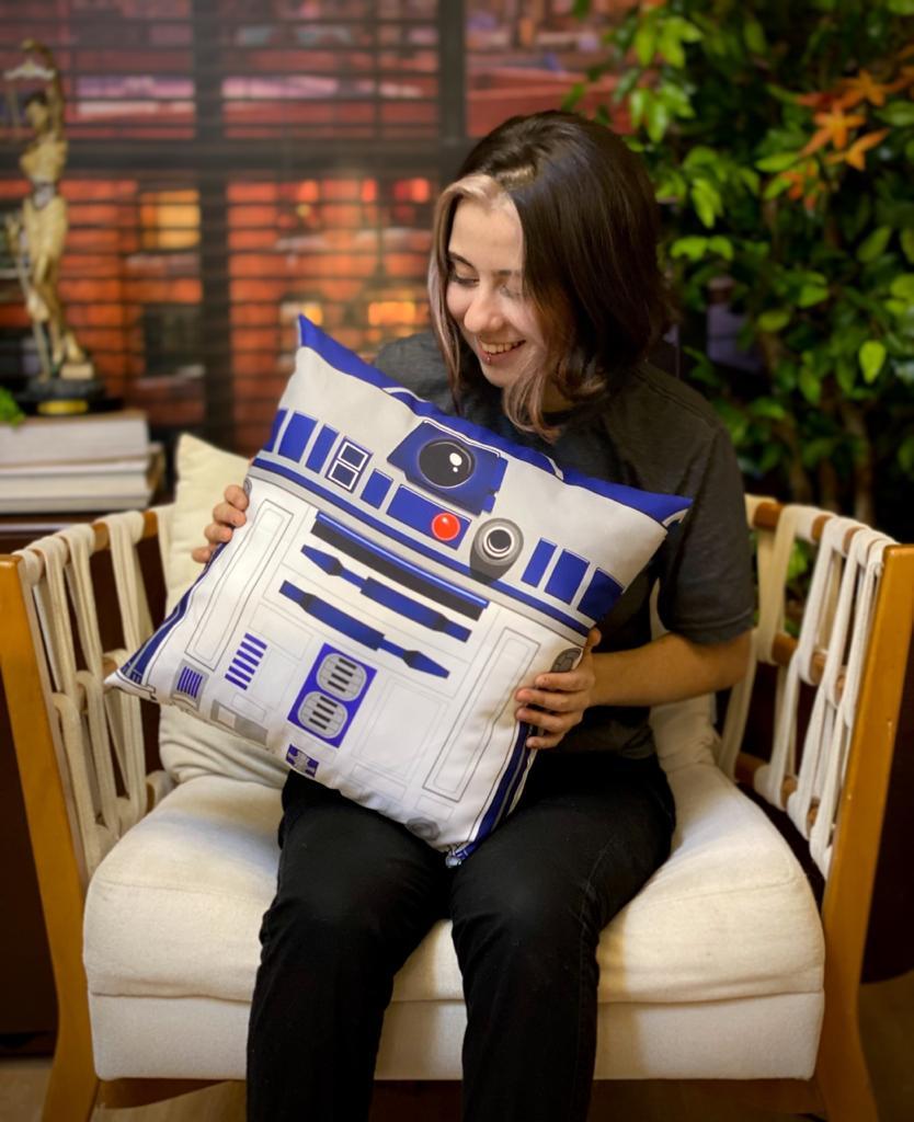 Almofada R2-D2: Guerra nas Estrelas (Star Wars) - SD