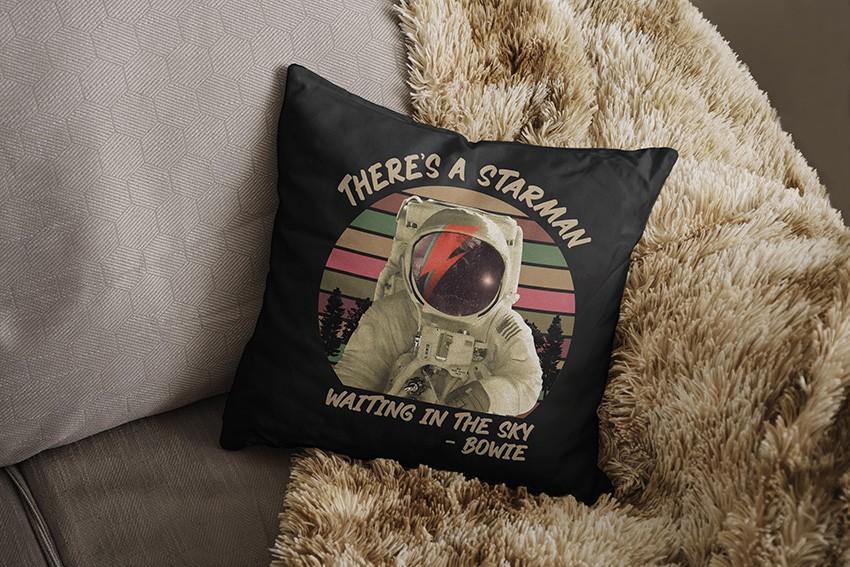 Almofada There's a Starman Waiting in the Sky: Bowie (Preta) - EV