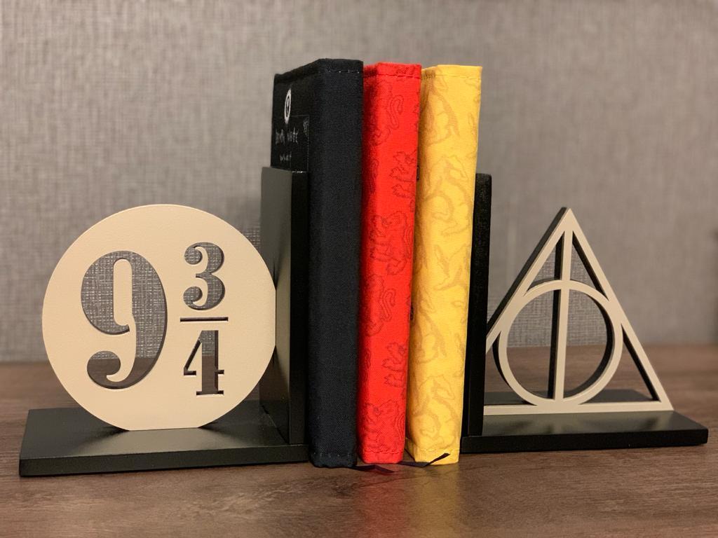 Aparador / Porta livro Harry Potter: (934) - Geton