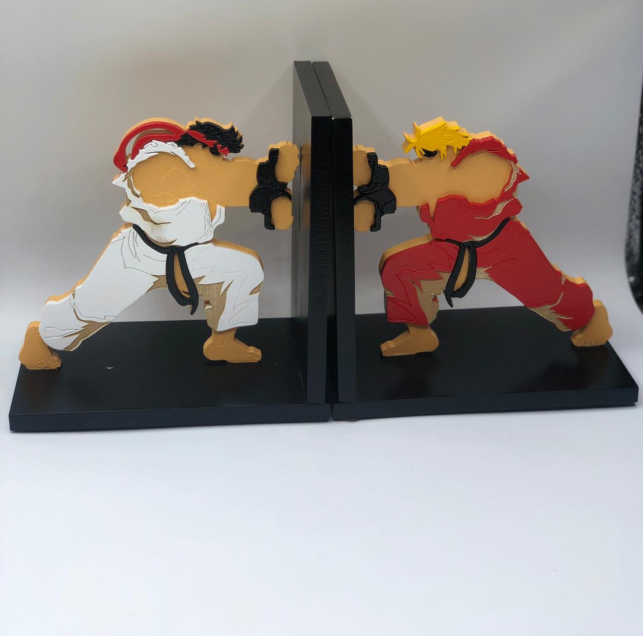 Porta Livro / Aparador de Livro Ken Vs. Ryu: Street Fighter