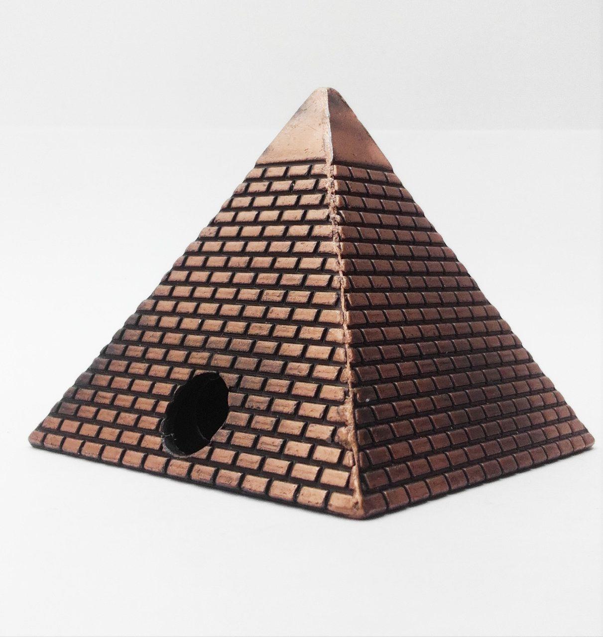 Apontador De Metal: Pirâmide