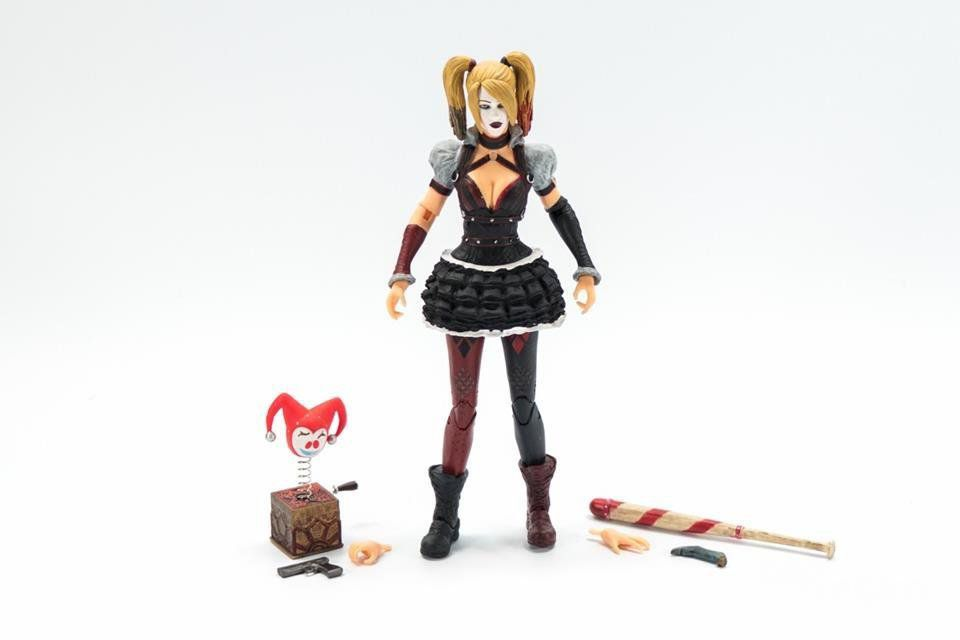 Batman Arkham Knight: Harley Quinn - DC Collectibles