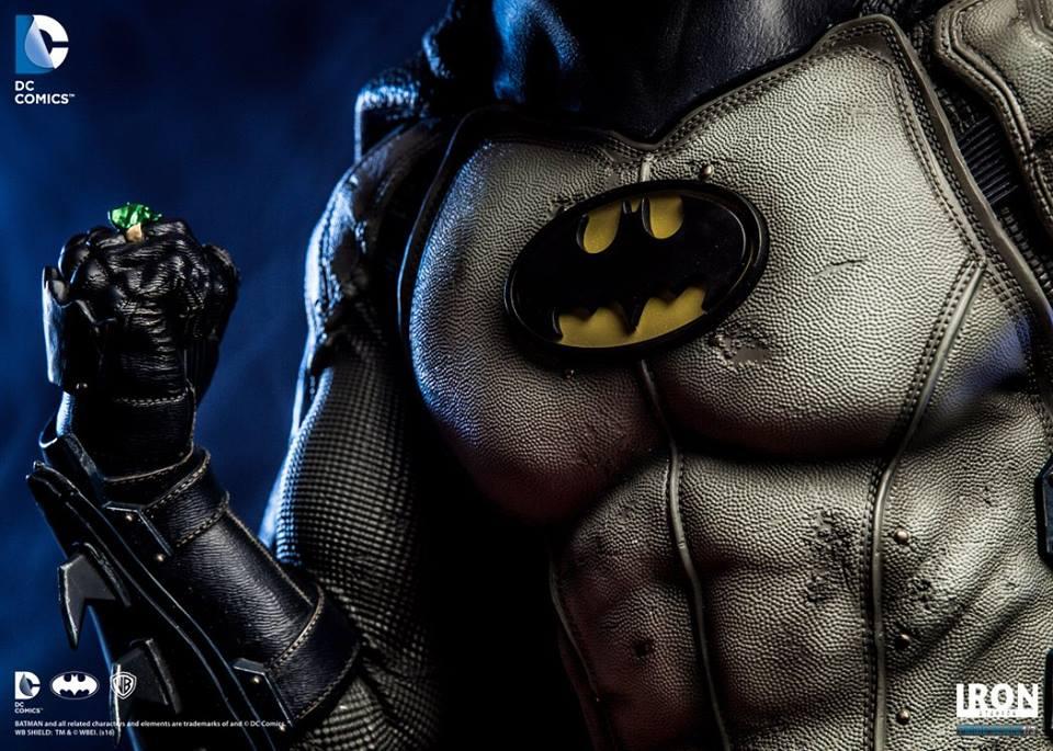Estátua Batman Prime (by Ivan Reis) Escala 1/3 - Iron Studios