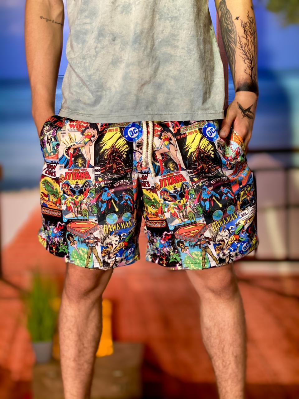 Bermuda (Shorts Praia) Quadrinhos: DC Comics
