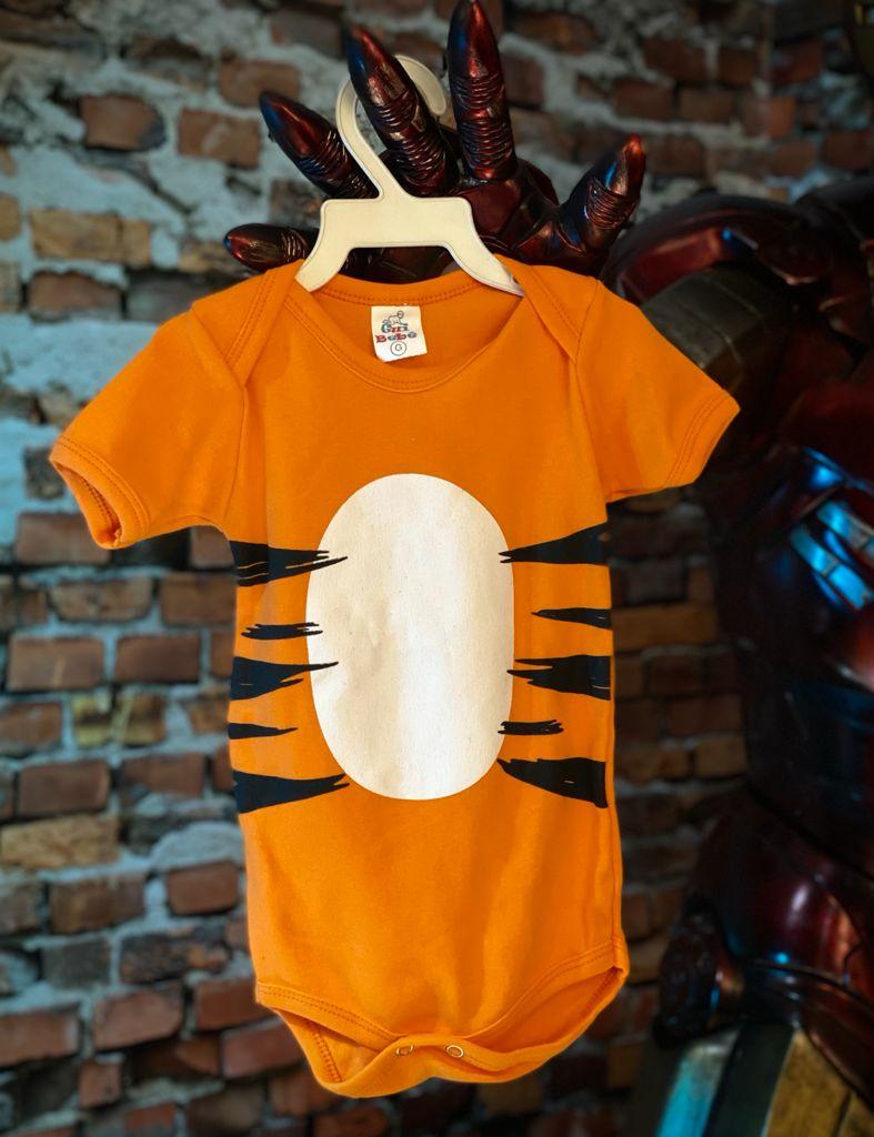 Body Bebê Geek Tigre Tigrão: O Ursinho Pooh Winnie The Pooh Laranja - Disney