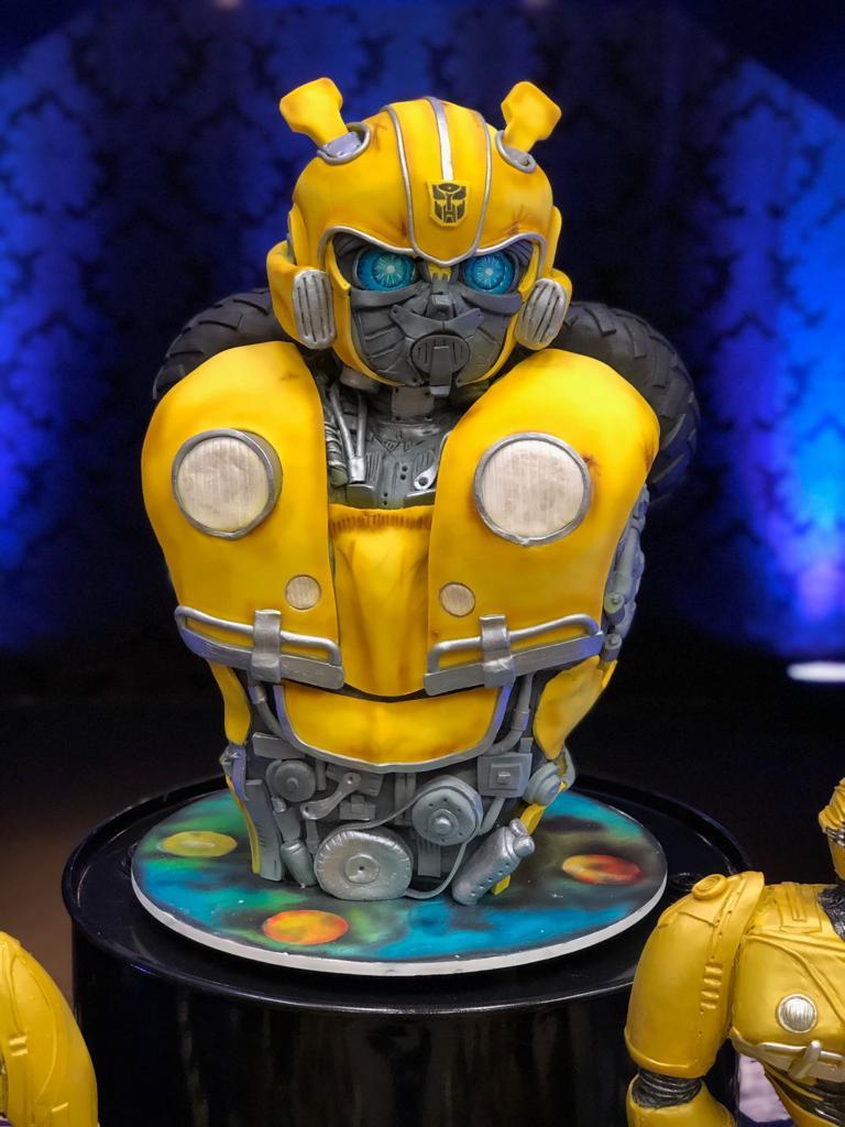 Bolo Bumblebee: Transformes - Geek Cake - EV