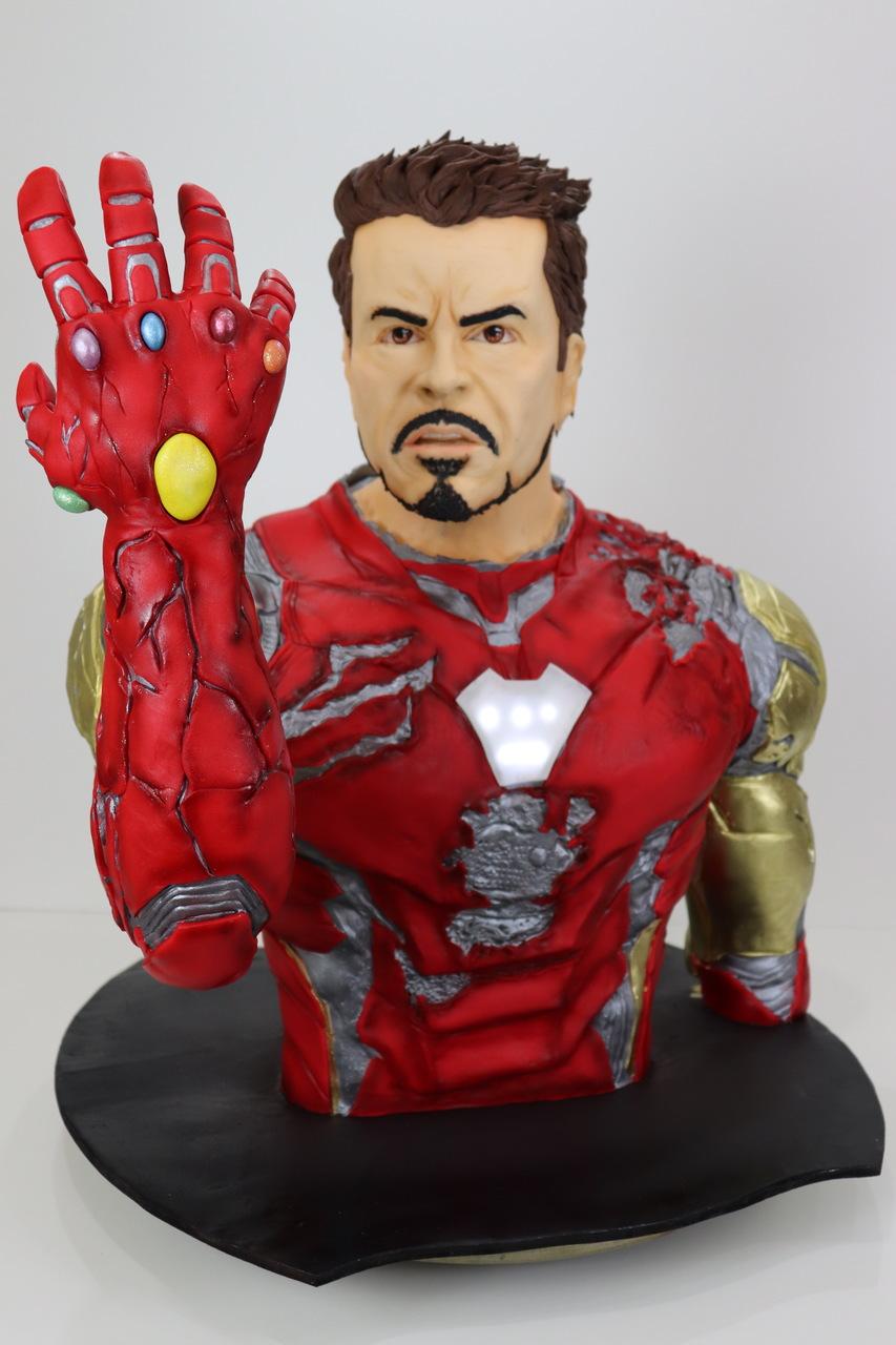 Bolo Eu Sou Homem de Ferro I Am Iron Man Tony Stark: Vingadores Ultimato Avangers Endgame Marvel - Geek Cake - EV