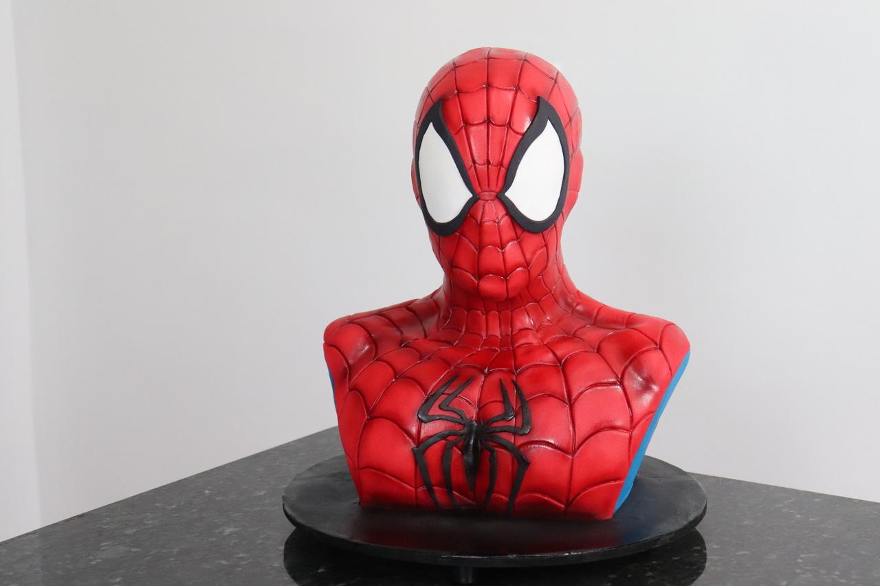 Bolo Homem Aranha Spider-Man - Geek Cake - EV