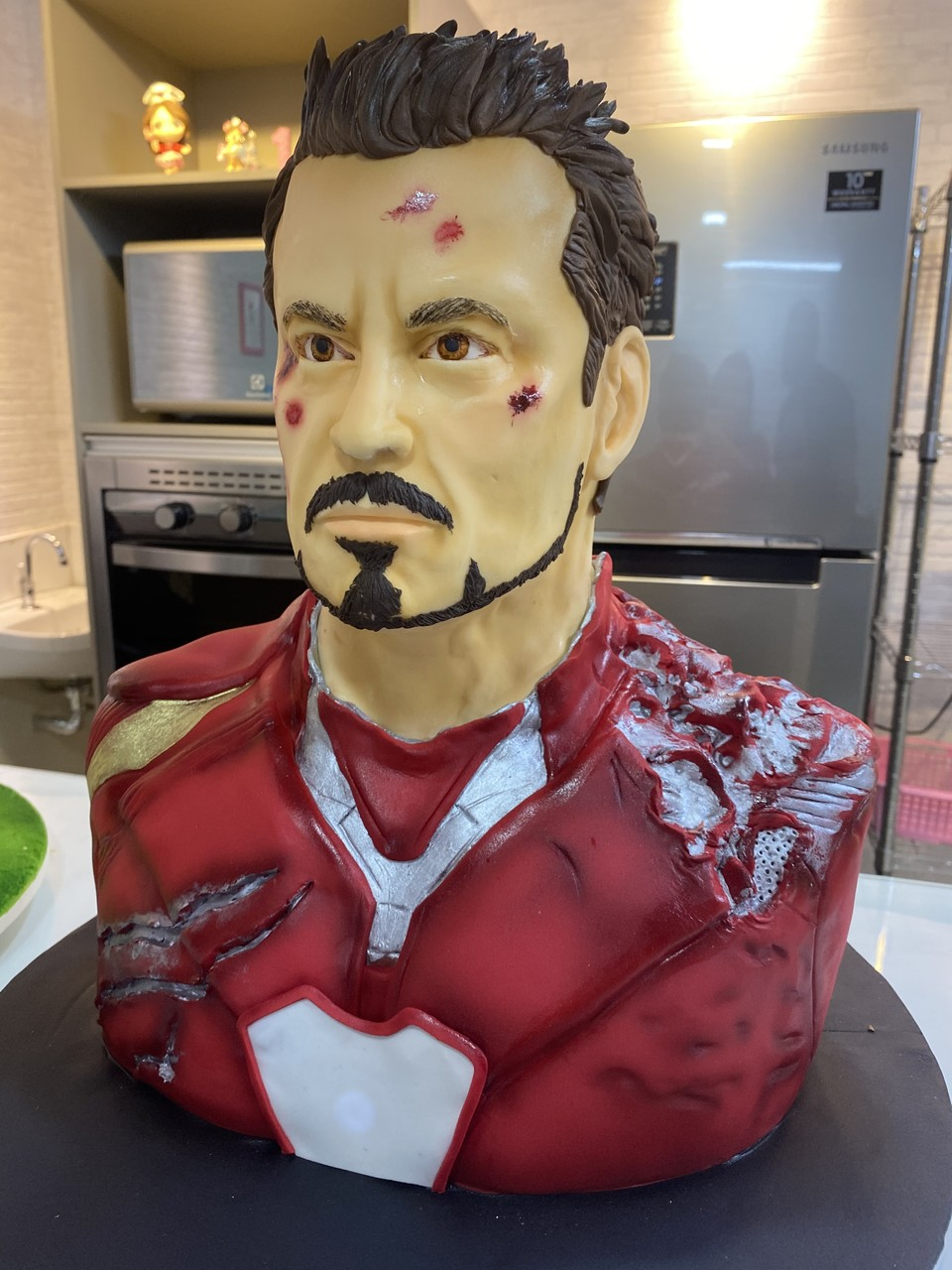 Bolo Homem de Ferro Iron Man Tony Stark: Vingadores Ultimato Avangers Endgame Marvel - Geek Cake - EV