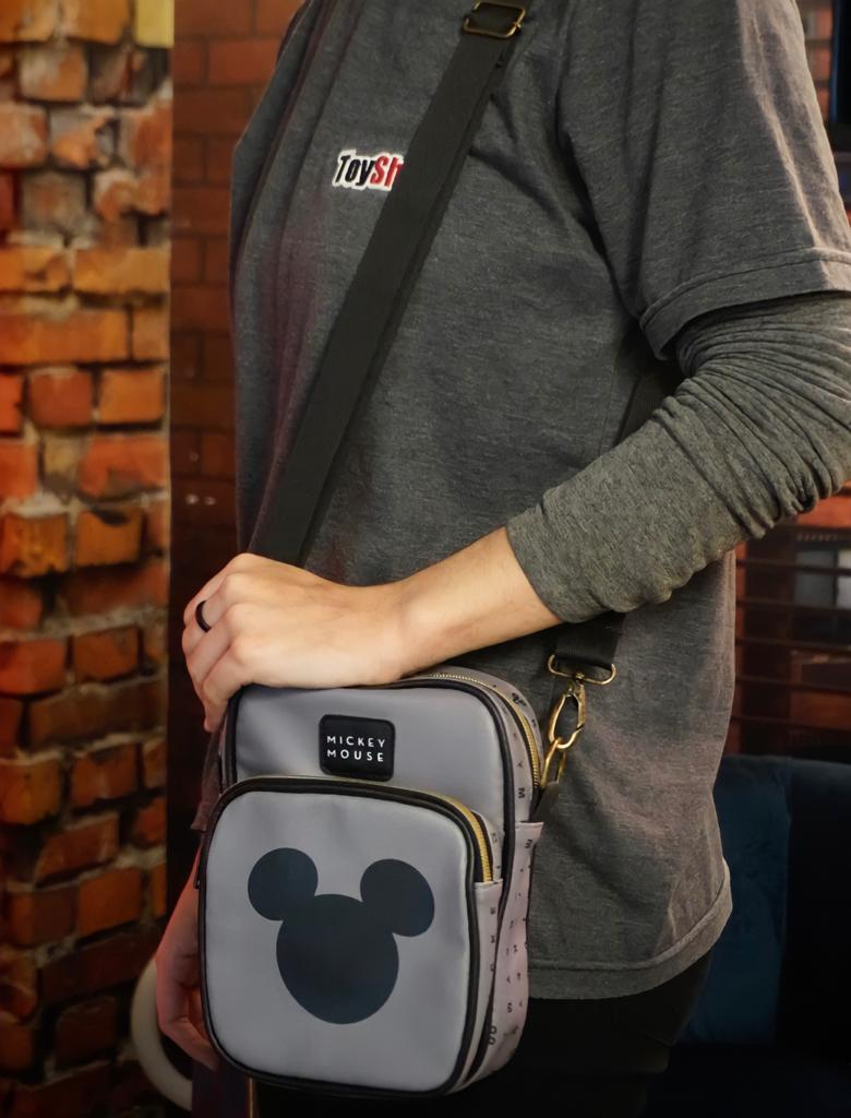 Bolsa Mini Mochila Shoulder Mickey Mouse: Mickey e Minnie Mouse Disney - Zona Criativa