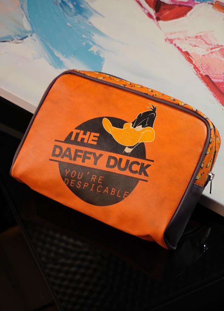 Bolsa Necessaire Patolino Daffy Duck: Looney Tunes - Metropole