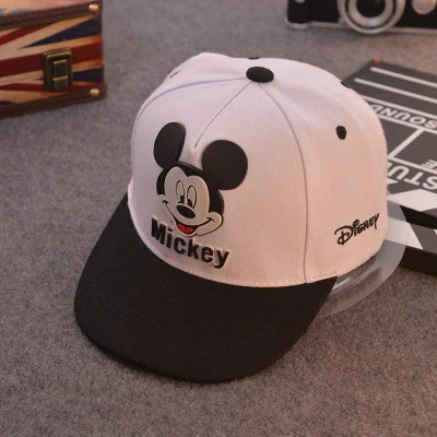 Boné Aba Curva Mickey Mouse: Disney Branco e Preto - EVALI