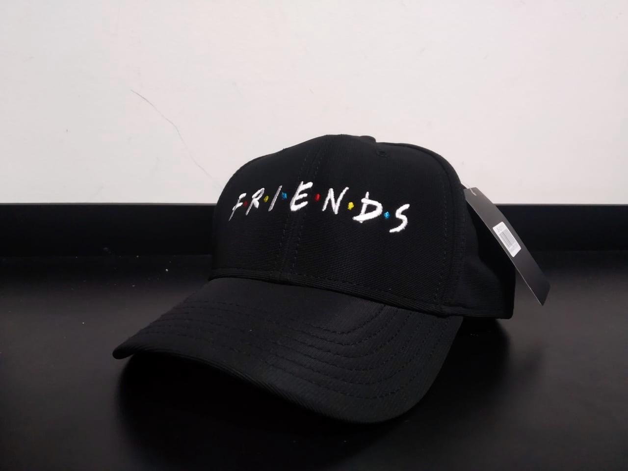 Boné Botões: Friends