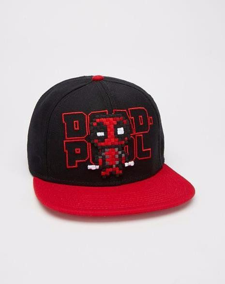 Boné Snapback: Deadpool Pixels