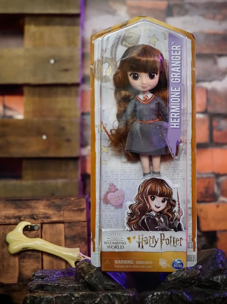Boneca Fashion Action Figure Colecionável Hermione Granger: Harry Potter - Sunny