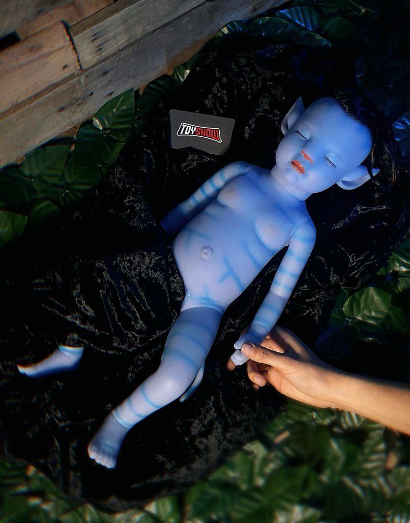 Boneca Silicone Simulação Bebê Newborn Avatar Brilha No Escuro - 50 cm