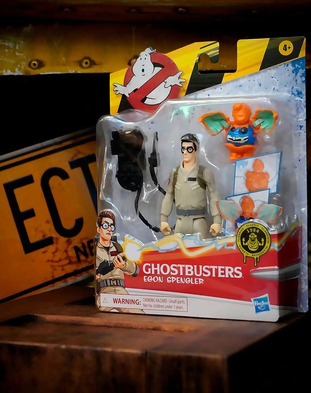Boneco Action Figure Egon Spengler e Fantasma Laranja Os Caça Fantasmas Ghostbusters E9544 - Hasbro