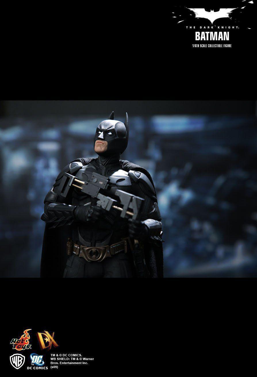 Action Figure Batman: Batman O Cavaleiro das Trevas (The Dark Knight) Escala 1/6 (DX02) Boneco Colecionável - Hot Toys - CG