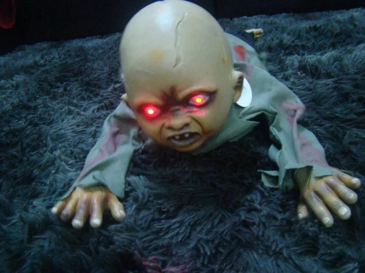 Boneco Bebe Rastejante Zumbi Halloween