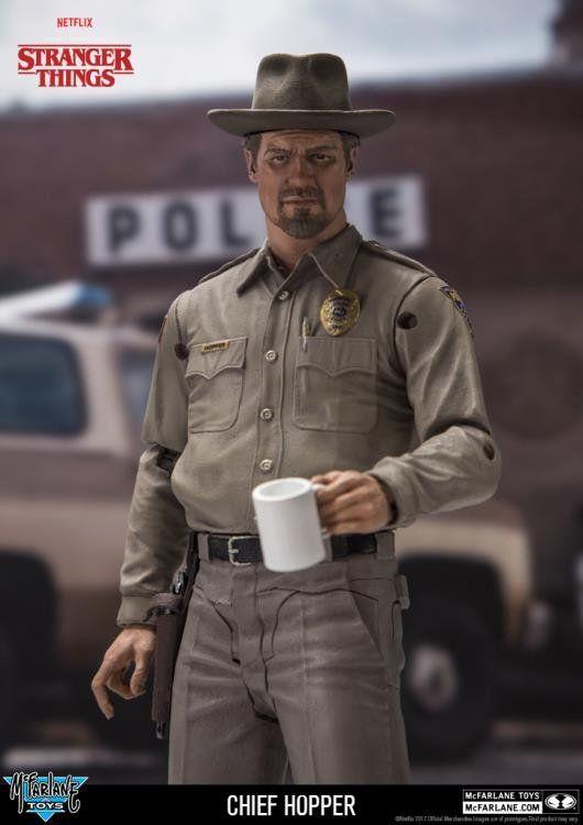 Boneco Chief Hopper: Stranger Things - McFarlane