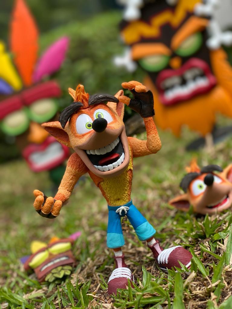 Boneco Crash Bandicoot 7'' (Ultra Deluxe) - NECA