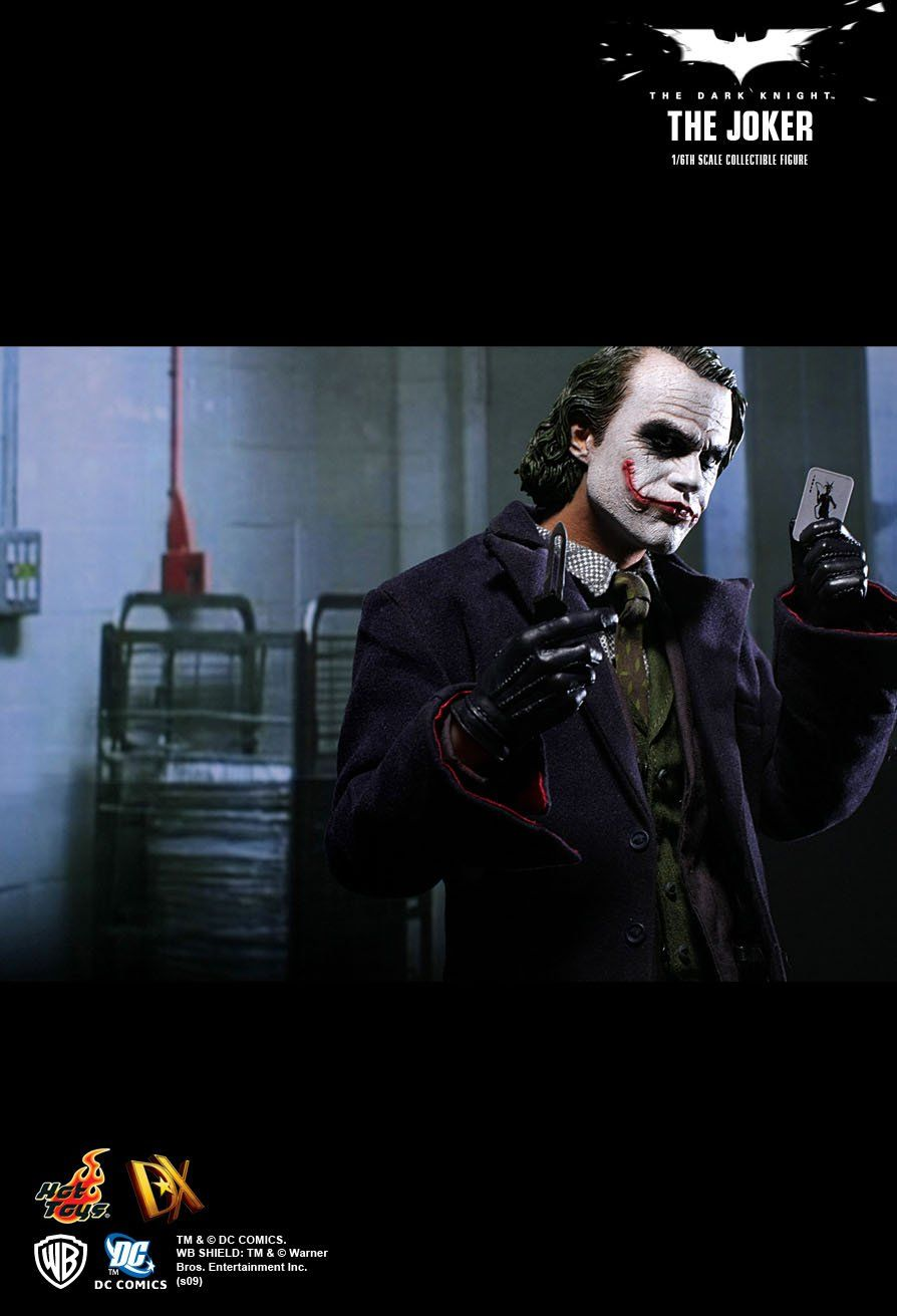 Action Figure Coringa (Joker): Batman O Cavaleiro das Trevas (The Dark Knight)  Boneco Colecionável Escala 1/6 (DX01) - Hot Toys