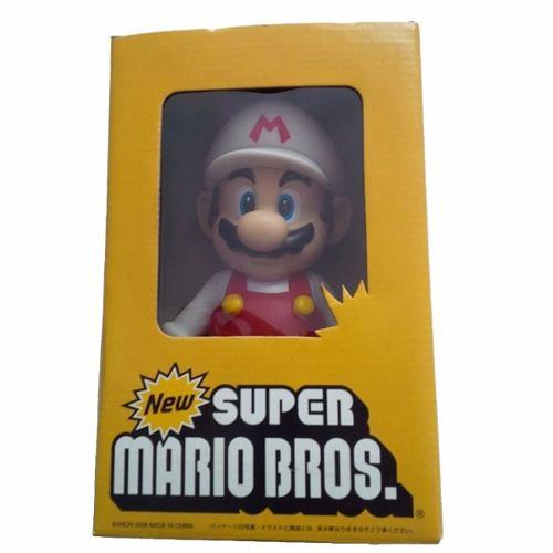 Boneco Mario Vermelho e Branco: New Super Mario Bros Desktop Sofbi Series - Bandai